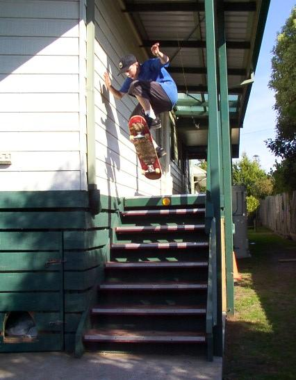 8 stair ollie by Trav